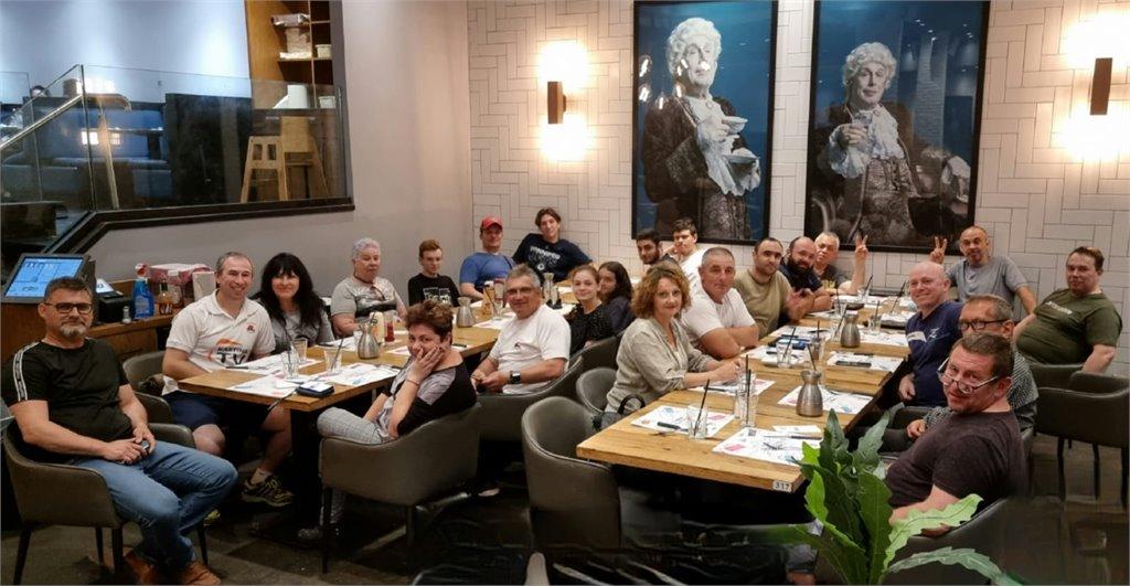 ארוחת ערב קבוצתי אתרי הניצחון!