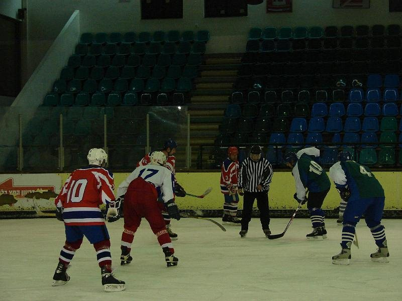 16-01-2009 (4 : 2), Hawks Haifa נגד Bat Yam