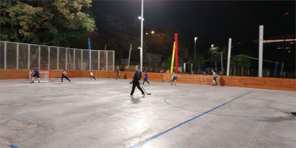 משחק ילדים נגד הוריהם, מועדון Hawks Haifa