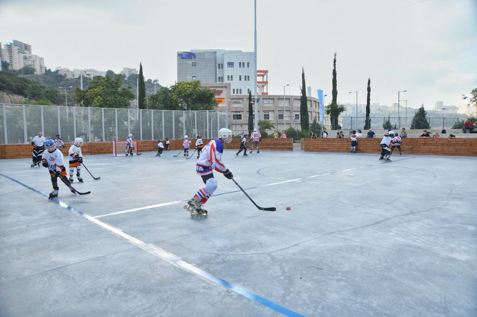 מגרש הוקי רולר - אינליין בחיפה